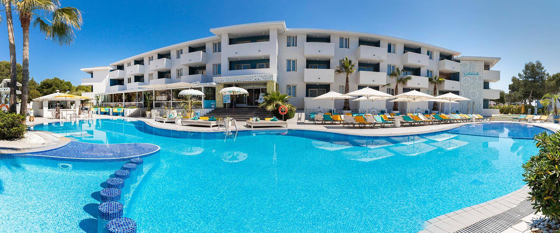 The true meaning of an exceptional vacation in Magaluf Hotel Sotavento Club Apartments Magaluf