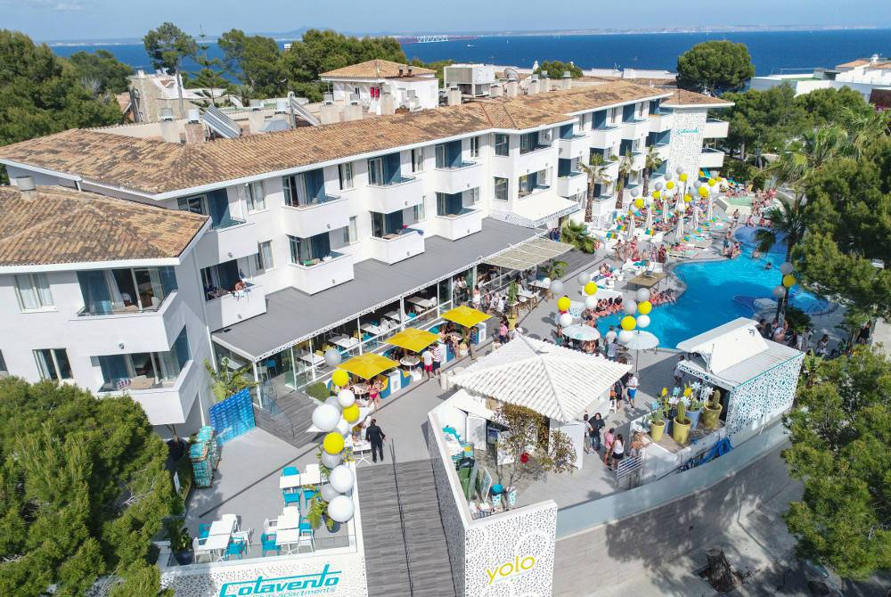 Pool club Hotel Sotavento Club Apartments Magaluf